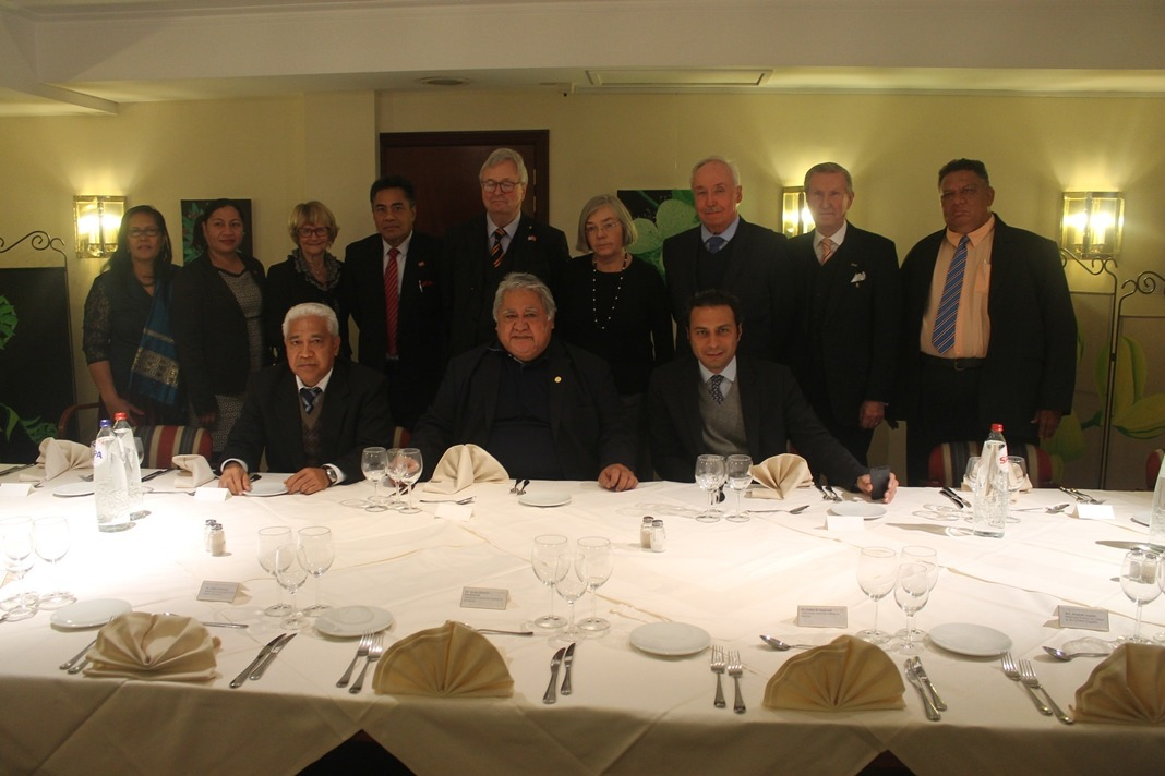 The Prime Minister at the conclusion of the meeting hosted the Honorary Consuls for dinner.